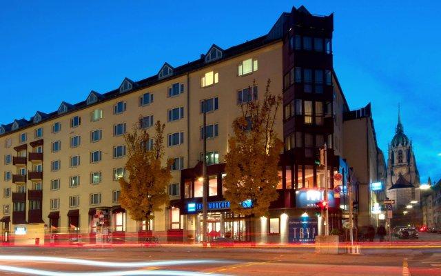 Отель TRYP München City Center Hotel Германия, Мюнхен - 2 отзыва об отеле, цены и фото номеров - забронировать отель TRYP München City Center Hotel онлайн вид на фасад