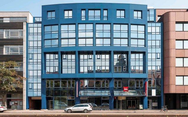 Отель ibis Nürnberg Hauptbahnhof Германия, Нюрнберг - 1 отзыв об отеле, цены и фото номеров - забронировать отель ibis Nürnberg Hauptbahnhof онлайн вид на фасад