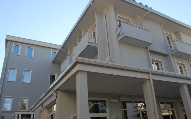 Отель Appartamenti Rosa Абано-Терме вид на фасад