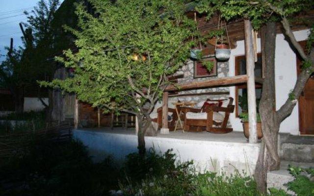 Отель Guest House Kamenik Болгария, Чепеларе - отзывы, цены и фото номеров - забронировать отель Guest House Kamenik онлайн вид на фасад