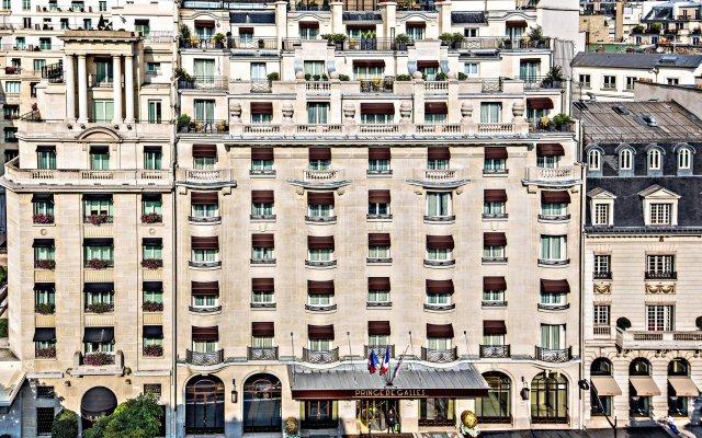 Prince de Galles, a Luxury Collection hotel, Paris вид на фасад