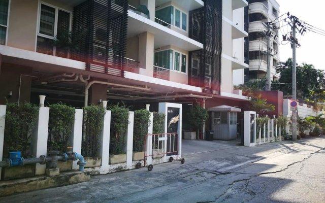 Отель The Fah Condominium вид на фасад