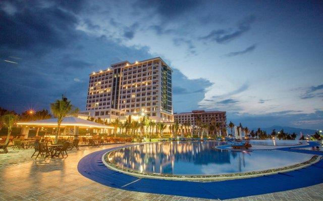 Отель Golden Peak Resort & Spa Камрань вид на фасад