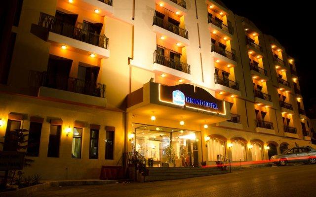 Отель Grand Hotel Madaba Иордания, Мадаба - 1 отзыв об отеле, цены и фото номеров - забронировать отель Grand Hotel Madaba онлайн вид на фасад