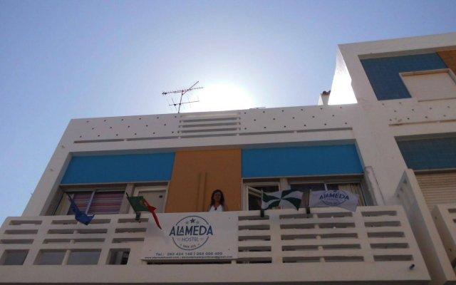 Alameda Hostel вид на фасад