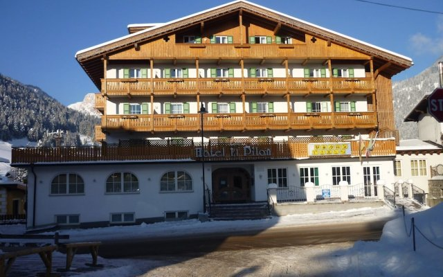 Hotel El Pilon Долина Валь-ди-Фасса вид на фасад