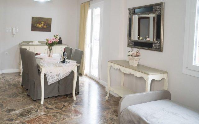 Апартаменты Heraklion Old Port Apartments комната для гостей