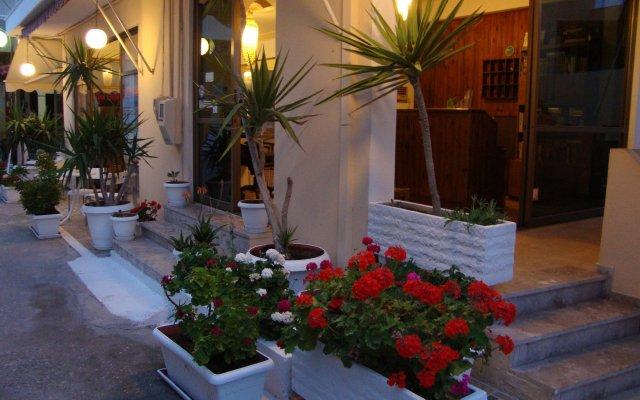 Отель Rachel Hotel Греция, Эгина - 1 отзыв об отеле, цены и фото номеров - забронировать отель Rachel Hotel онлайн вид на фасад