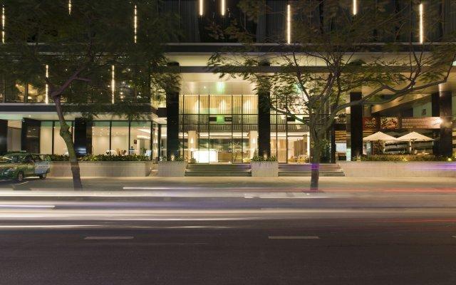 Отель ibis Styles Nha Trang Вьетнам, Нячанг - отзывы, цены и фото номеров - забронировать отель ibis Styles Nha Trang онлайн вид на фасад