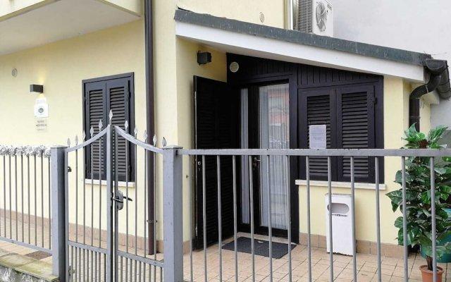 Отель Alloggi Centrale Италия, Абано-Терме - отзывы, цены и фото номеров - забронировать отель Alloggi Centrale онлайн вид на фасад