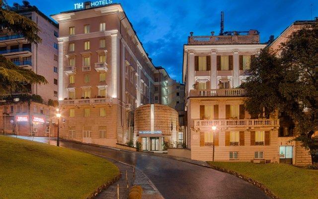 Отель NH Genova Centro Генуя вид на фасад