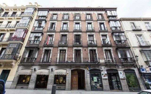 Отель Hostal Castilla I Испания, Мадрид - отзывы, цены и фото номеров - забронировать отель Hostal Castilla I онлайн вид на фасад