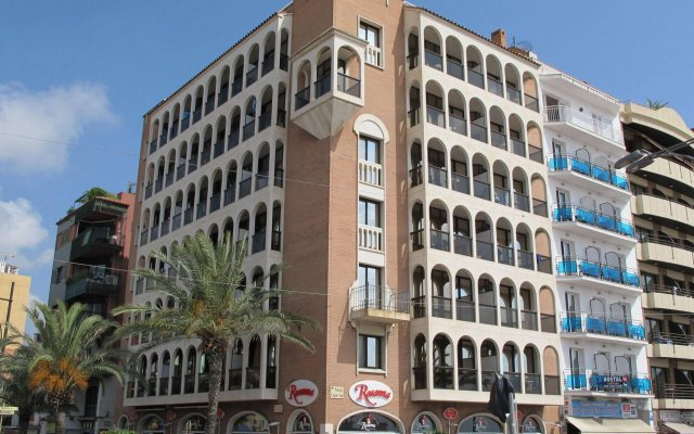 Отель Apartamentos Rosanna вид на фасад
