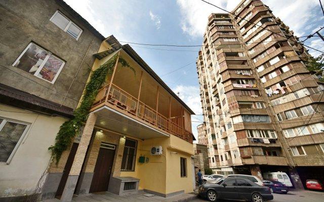 Отель MBM Hotel Yerevan Армения, Ереван - отзывы, цены и фото номеров - забронировать отель MBM Hotel Yerevan онлайн вид на фасад