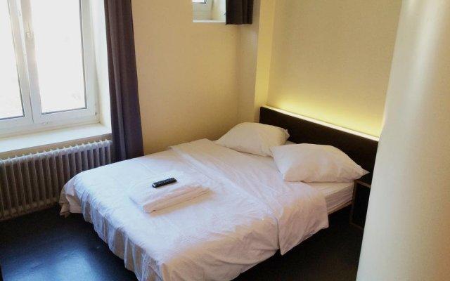 Отель easyHotel Zürich Швейцария, Цюрих - отзывы, цены и фото номеров - забронировать отель easyHotel Zürich онлайн комната для гостей