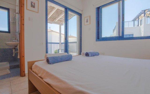 Отель Villa Saint Nikolas Кипр, Протарас - отзывы, цены и фото номеров - забронировать отель Villa Saint Nikolas онлайн комната для гостей