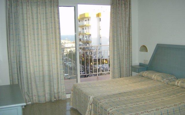 Апартаменты El Velero Apartments комната для гостей