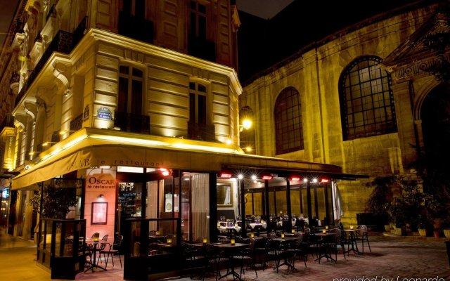 Отель Lumen Paris Louvre Франция, Париж - 10 отзывов об отеле, цены и фото номеров - забронировать отель Lumen Paris Louvre онлайн вид на фасад
