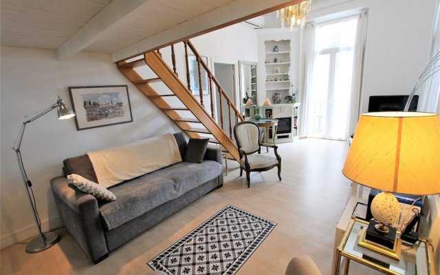 2 Bedrooms Apartment With 1 Mezzanine top Location in the Heart of Cannes 0