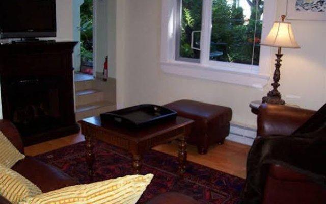 Отель Kitsilano Garden Suites Канада, Ванкувер - отзывы, цены и фото номеров - забронировать отель Kitsilano Garden Suites онлайн комната для гостей