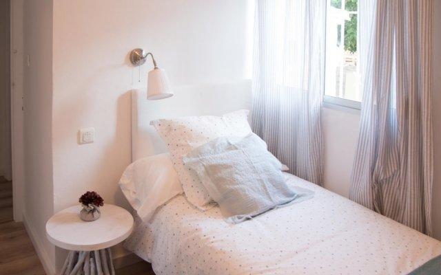 Отель Charming Orchard Villa Торремолинос комната для гостей