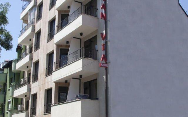 Отель Gran Via Болгария, Бургас - 5 отзывов об отеле, цены и фото номеров - забронировать отель Gran Via онлайн вид на фасад