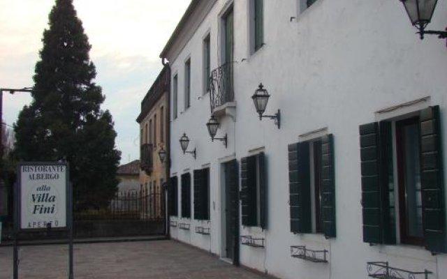 Отель Ristorante Alla Villa Fini Италия, Доло - отзывы, цены и фото номеров - забронировать отель Ristorante Alla Villa Fini онлайн вид на фасад