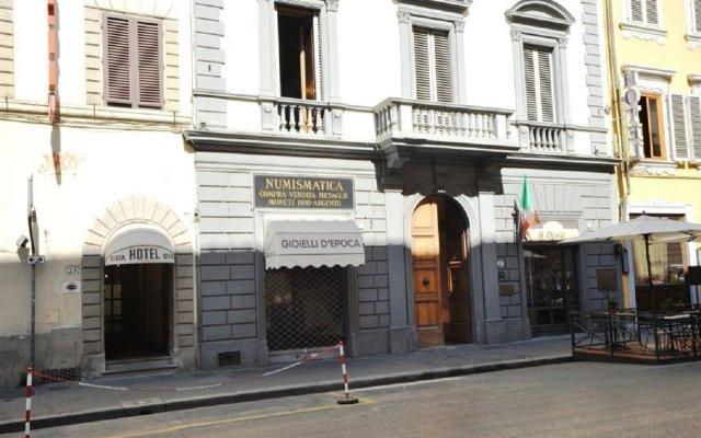 Gioia Hotel вид на фасад