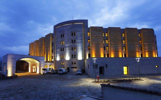 Отель Doubletree by Hilton Avanos - Cappadocia Аванос вид на фасад