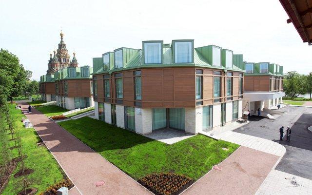 Гостиница Новый Петергоф вид на фасад