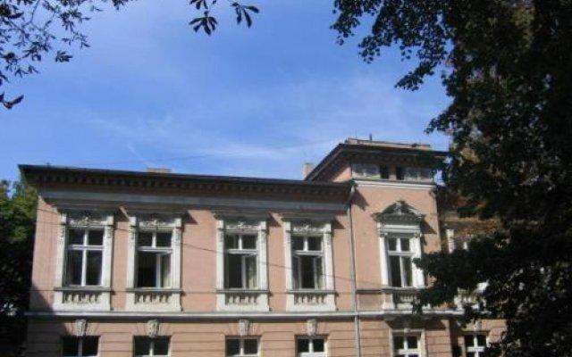Отель Linat Orchim Dom Gościnny вид на фасад