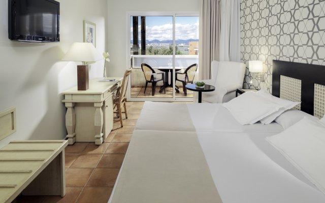 Отель H10 Salauris Palace Испания, Салоу - 5 отзывов об отеле, цены и фото номеров - забронировать отель H10 Salauris Palace онлайн комната для гостей