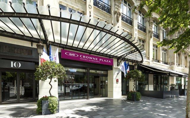 Отель Crowne Plaza Paris Republique вид на фасад