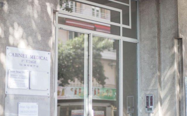 Отель Palais Promenade AP4166 by Riviera Holiday Homes Франция, Ницца - отзывы, цены и фото номеров - забронировать отель Palais Promenade AP4166 by Riviera Holiday Homes онлайн вид на фасад