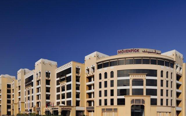 Movenpick Hotel Apartments Al Mamzar Dubai вид на фасад