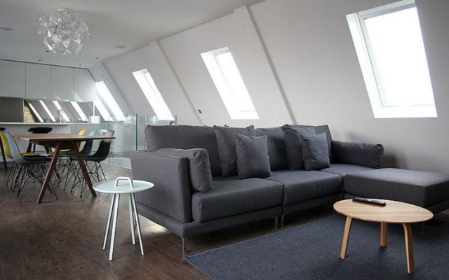 Hop Art House Serviced Apartments