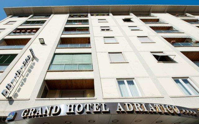 Отель Grand Hotel Adriatico Италия, Флоренция - 8 отзывов об отеле, цены и фото номеров - забронировать отель Grand Hotel Adriatico онлайн вид на фасад
