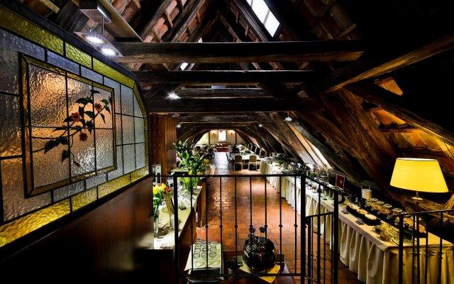 Отель Appia Hotel Residences Чехия, Прага - 1 отзыв об отеле, цены и фото номеров - забронировать отель Appia Hotel Residences онлайн вид на фасад