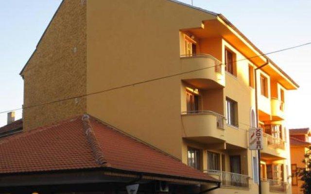 Hotel Lavega Кюстендил вид на фасад