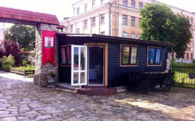 Hetman Hotel Каменец-Подольский вид на фасад