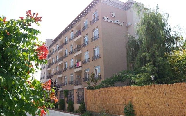 Отель Апарт-Отель Menada Dawn Park Болгария, Солнечный берег - отзывы, цены и фото номеров - забронировать отель Апарт-Отель Menada Dawn Park онлайн вид на фасад