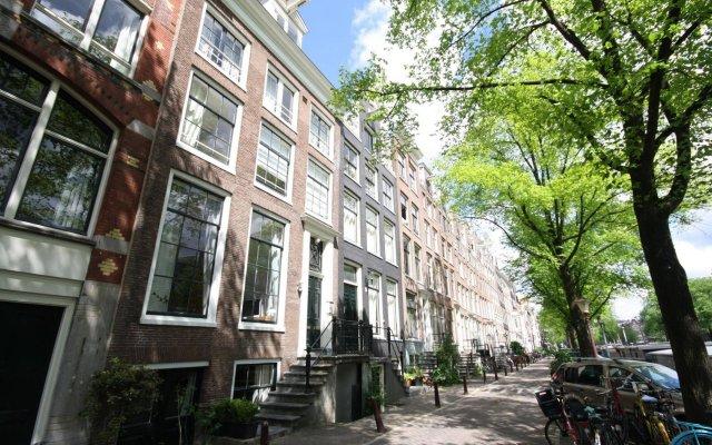 Отель CoHo Suites Нидерланды, Амстердам - 1 отзыв об отеле, цены и фото номеров - забронировать отель CoHo Suites онлайн вид на фасад