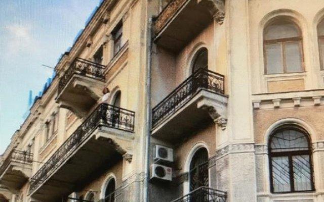 Гостиница Крым Ялта вид на фасад