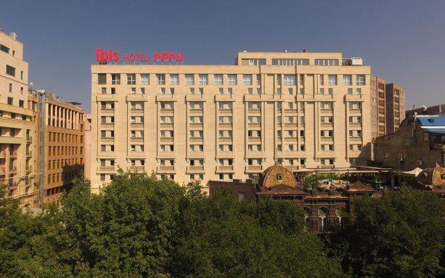 ibis Yerevan Center in Yerevan, Armenia from 67$, photos, reviews - zenhotels.com hotel front