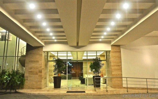 Hotel y Casino Central Park Panama 0
