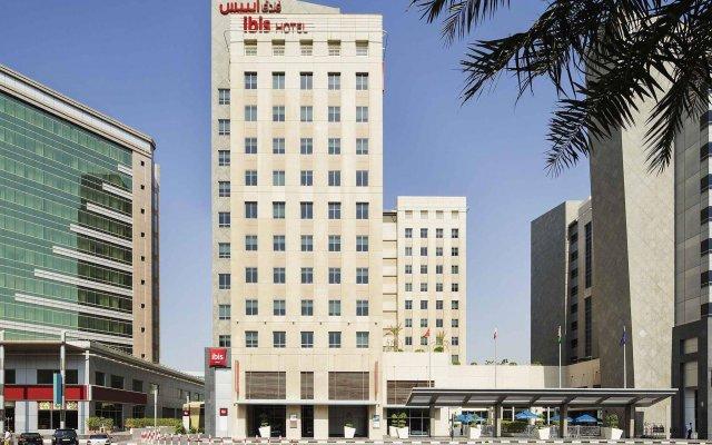 Отель ibis Deira City Centre вид на фасад