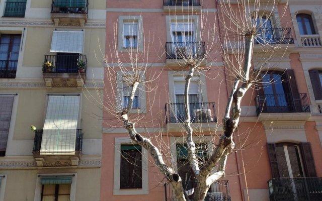 Отель Sant Antoni Market Барселона вид на фасад