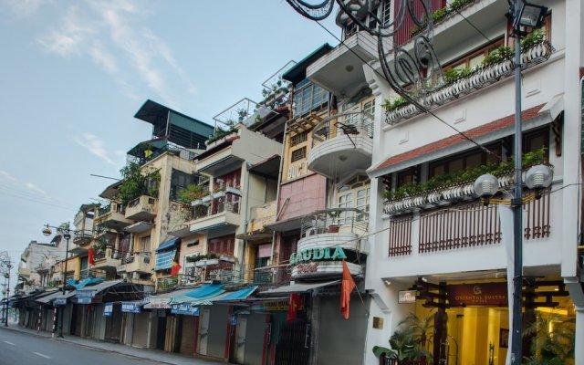 Отель Oriental Suites Ханой вид на фасад