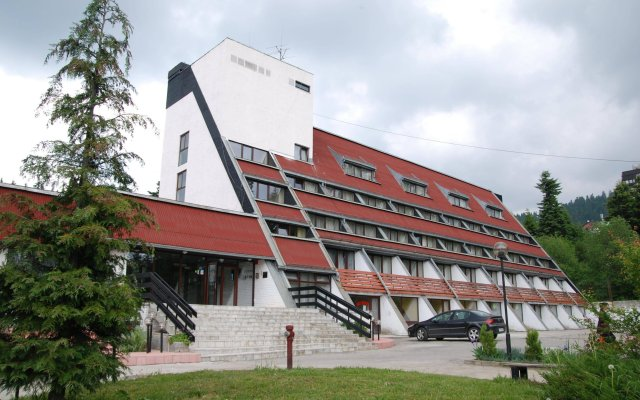 Отель Moura Болгария, Боровец - 1 отзыв об отеле, цены и фото номеров - забронировать отель Moura онлайн вид на фасад