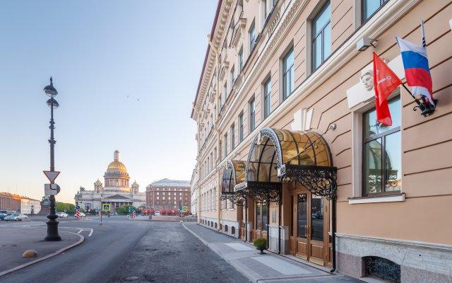 Лотте Отель Санкт-Петербург вид на фасад